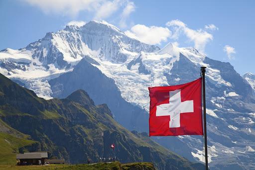 Top địa điểm du lịch Thụy Sĩ tuyệt vời không đi sẽ hối tiếc